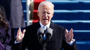 """Toma de posesión de Biden: """"Debemos poner fin a esta guerra incivil"""" y otras frases del primer discurso del nuevo presidente de Estados Unidos"""