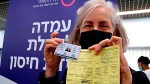 """""""Apartheid"""" del coronavirus: las críticas al eficiente plan de vacunación de Israel que no incluye a los palestinos de los territorios ocupados"""