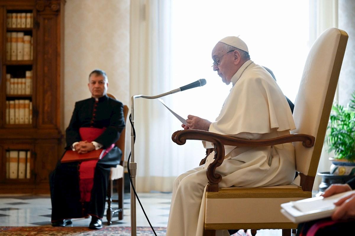 Papa Francisco pide a Joe Biden fomentar la reconciliación y paz en Estados Unidos y el mundo