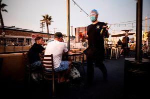 California está actualmente en una nueva fase en la que tiene menos restricciones por coronavirus