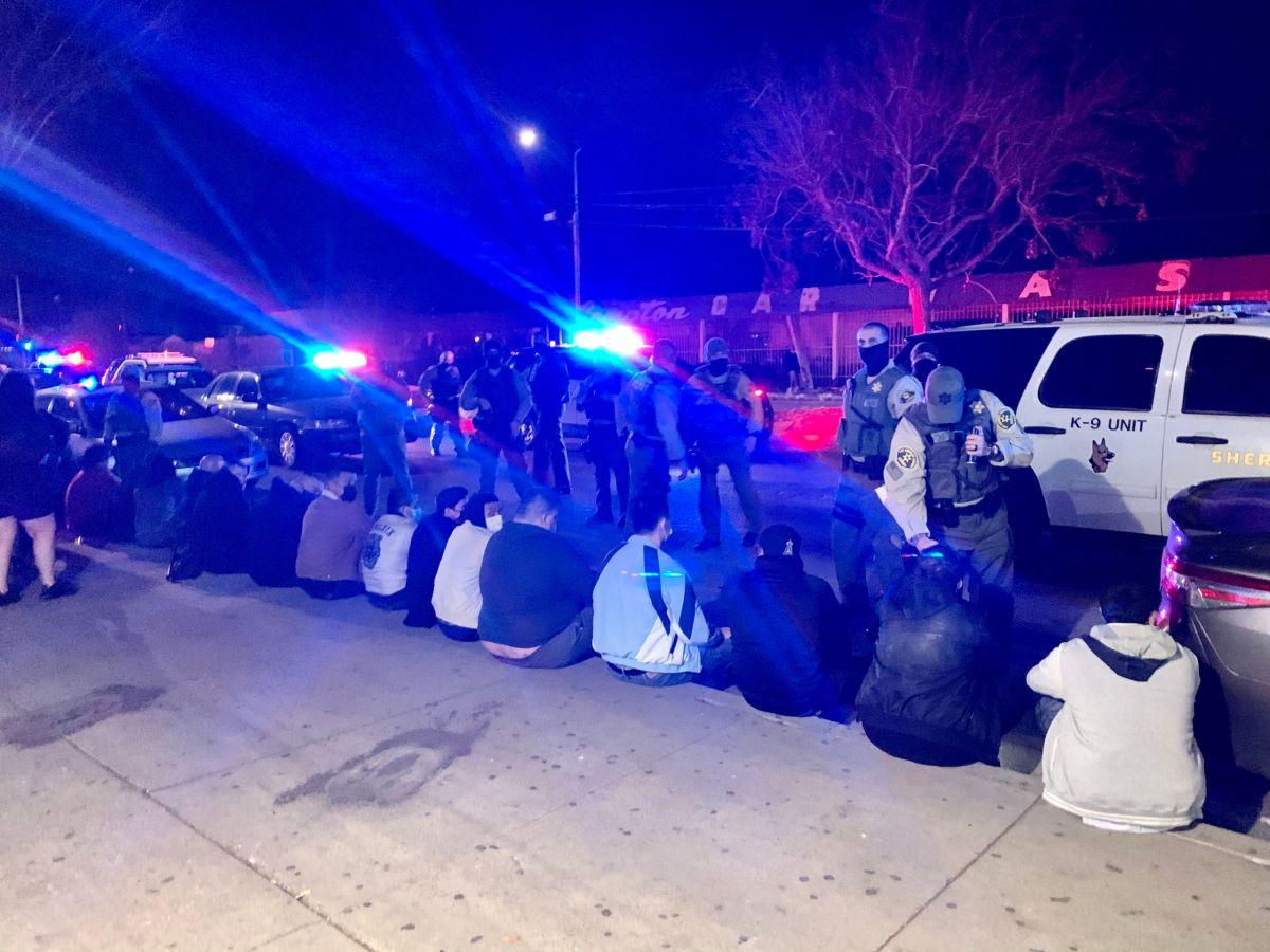 Dos fiestas clandestinas en Los Ángeles dejaron a más de 180 arrestados el sábado