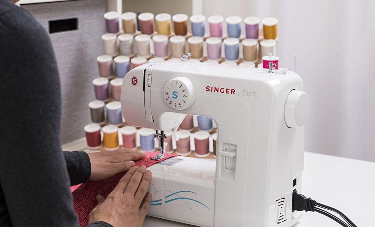 ¿Te gusta personalizar tu ropa? Con estas máquinas de coser podrás hacerlo por ti misma
