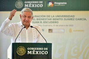 México acepta reducir pedido de vacunas de Pfizer para enviarlas a países más pobres