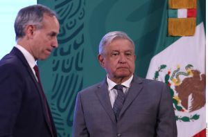 México ajustará plan de vacunación contra COVID-19 por reducción de entregas de Pfizer