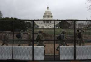 """Refuerzan la seguridad del Capitolio ante posible complot del """"4 de marzo"""""""