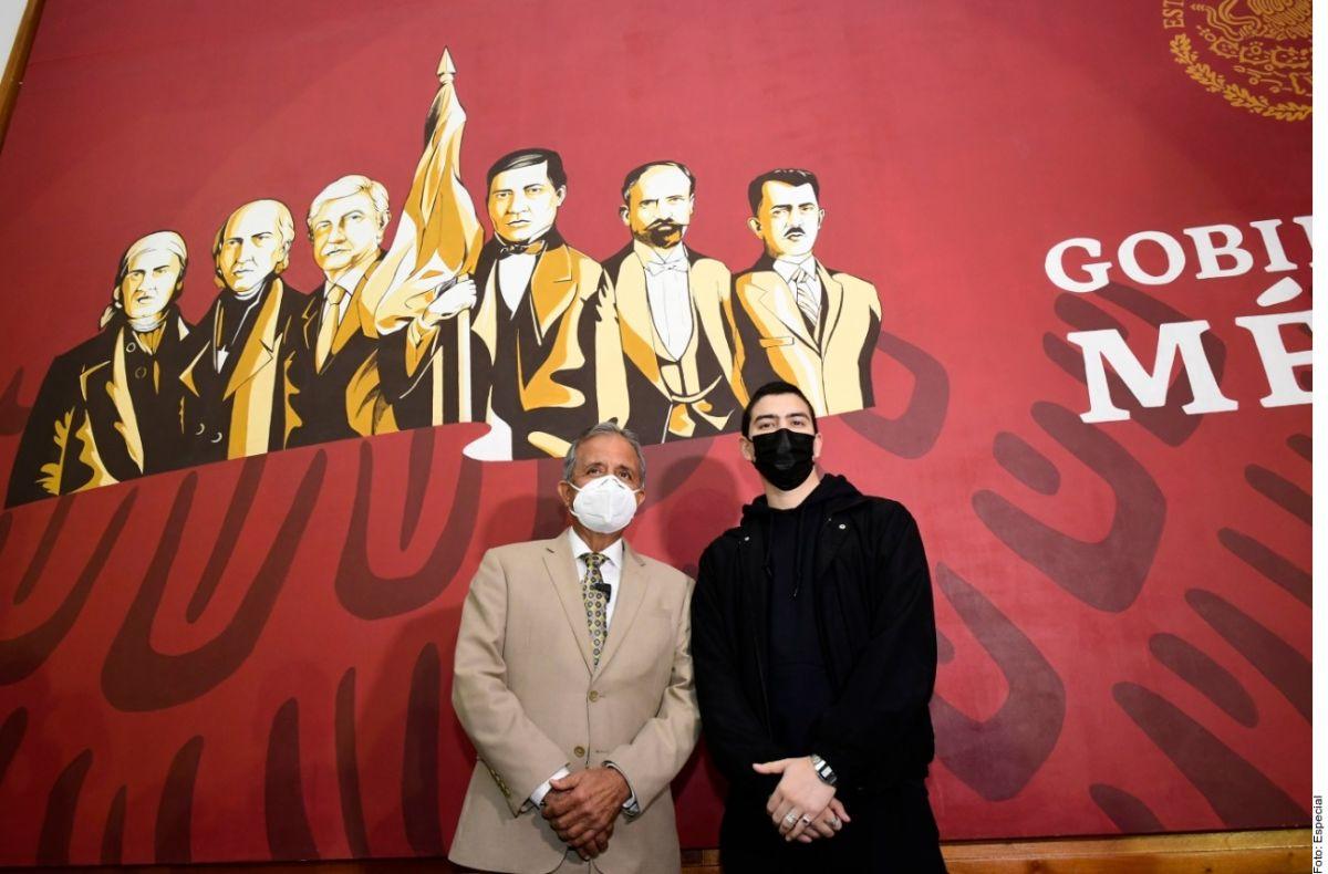 AMLO convertido en héroe patrio; incluyen su rostro en mural basado en imagen oficial de gobierno