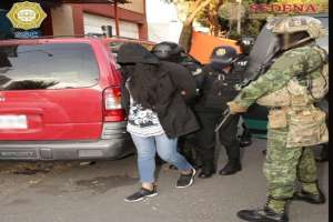 FOTOS: Así cayó la Michoacana, la mujer narco llevaba $280,000 dólares en efectivo
