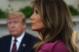 """Melania Trump se despide de la Casa Blanca con un video pidiendo """"amor y paz"""""""