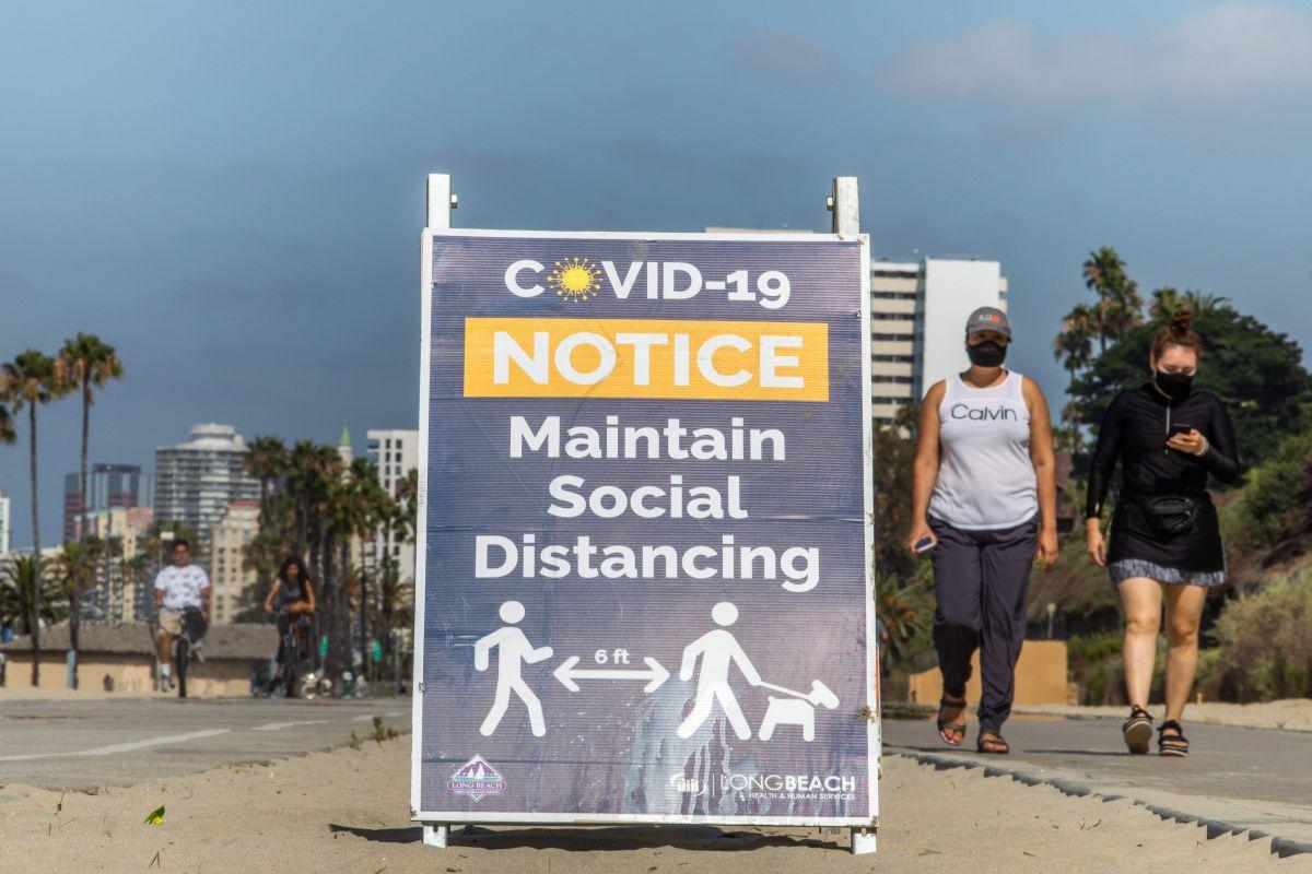 La ciudad de Long Beach da inicio a la vacunación de los trabajadores esenciales