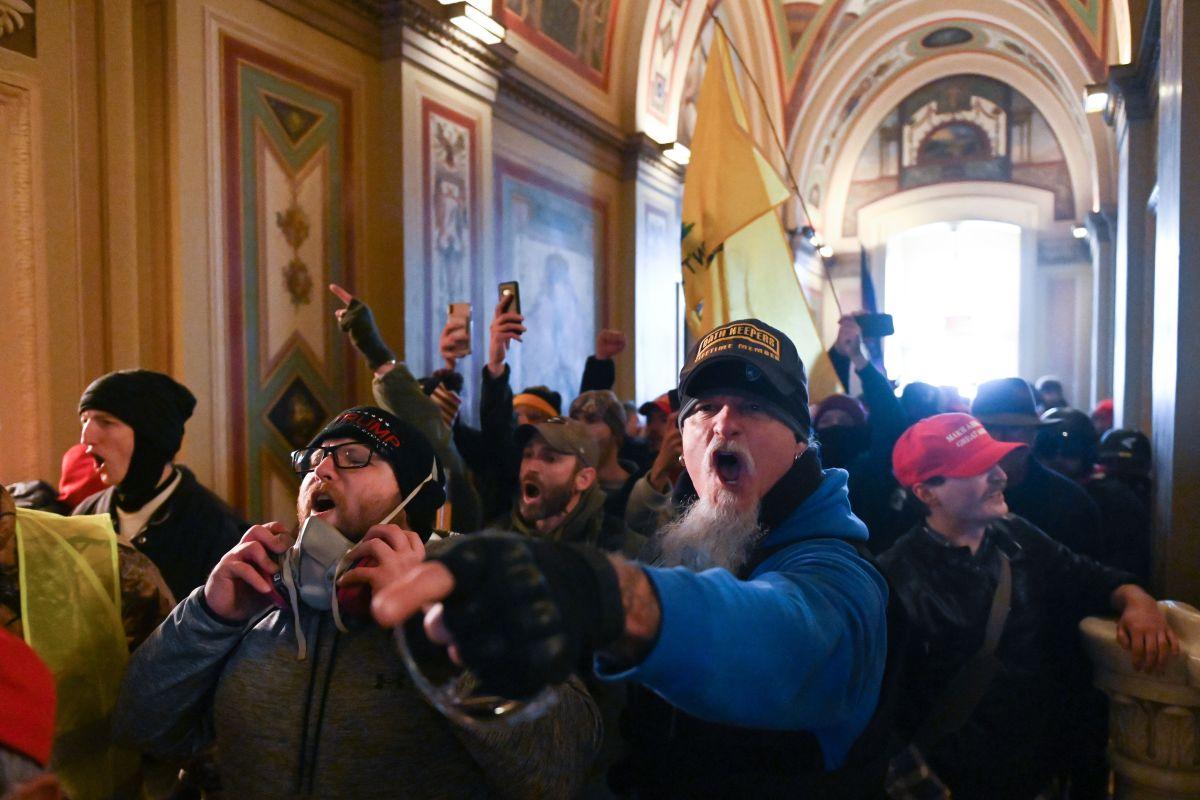 El FBI arrestó en su casa de Glendora a uno de los manifestantes del Capitolio.