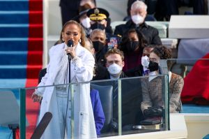 El mensaje en español de Jennifer Lopez durante la toma de posesión de Joe Biden