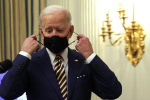 ¿A qué se refiere Biden sobre modificar reglas para el tercer cheque de estímulo de $1,400?