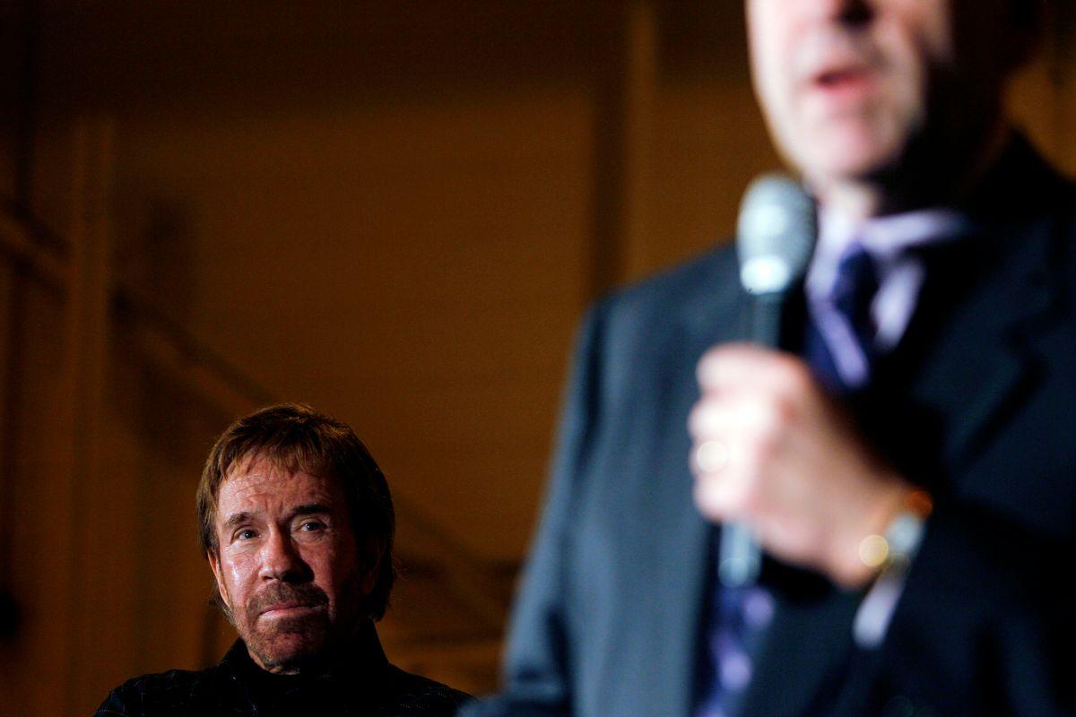 """Acusaron a Chuck Norris, """"el Ranger de Texas"""", de haber participado en la toma violenta del Capitolio"""