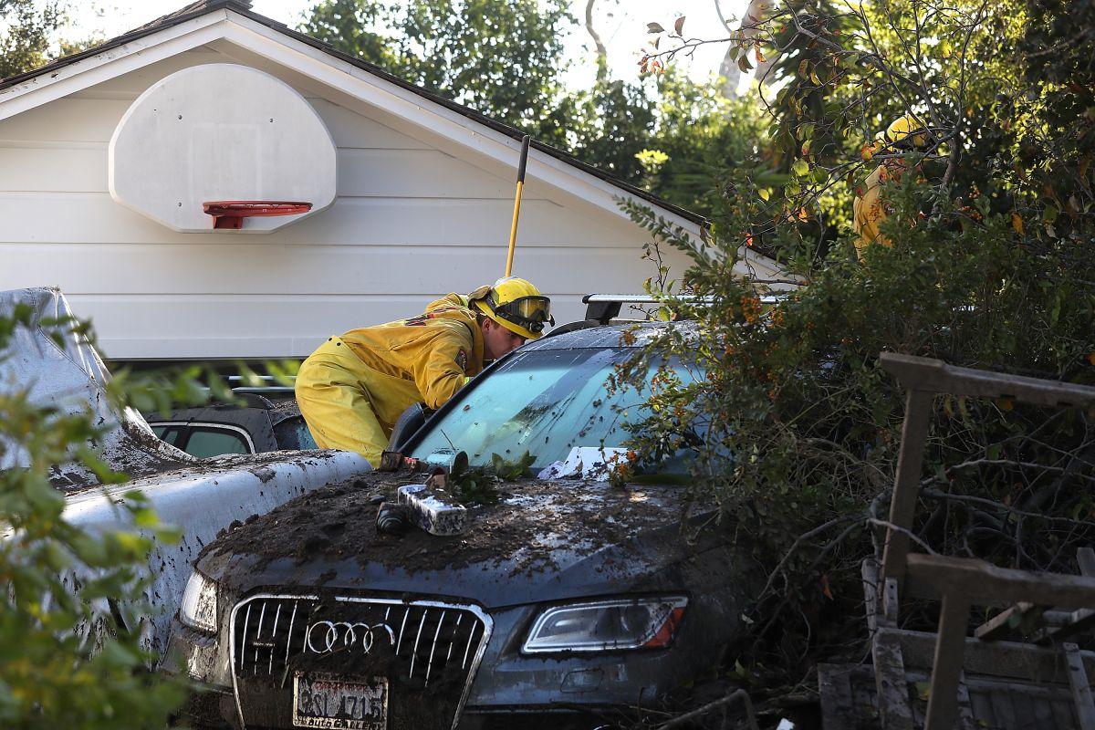 California es azotada por una fuerte lluvia que ha causado derrumbes, inundaciones y evacuaciones