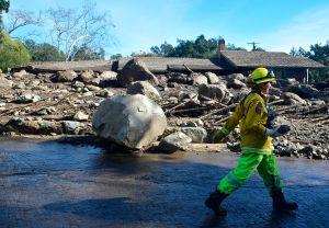 El río atmosférico causa deslaves y otros incidentes en California; aún se espera mucha agua y nieve