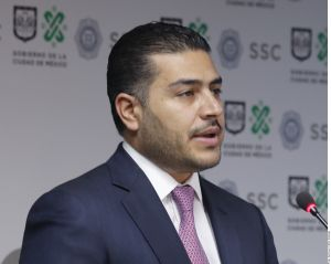 Jefe de la policía de la Ciudad de México, Omar García Harfuch, señalado por recibir dinero del narco en caso Ayotzinapa