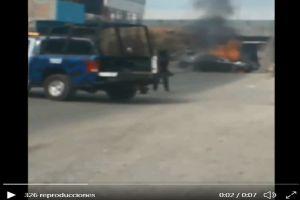 VIDEO: Policías abaten a 5 sicarios y queman varias casas, una del Marro entre ellas