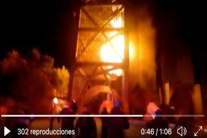 VIDEO: Fuerte incendio deja personas atrapadas en Ciudad de México