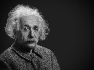 ¿Albert Einstein era seguidor de la astrología? 10 famosos adeptos a los astros y no lo sabías