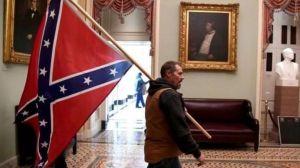Asalto al Capitolio: por qué algunos seguidores de Trump llevaban la bandera confederada