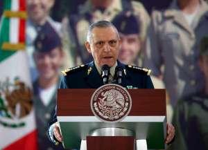 Fiscalía de México publica expediente de caso Salvador Cienfuegos