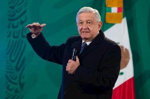 AMLO promete a indocumentados mexicanos que viven en Estados Unidos, acceder a la vacuna contra COVID-19