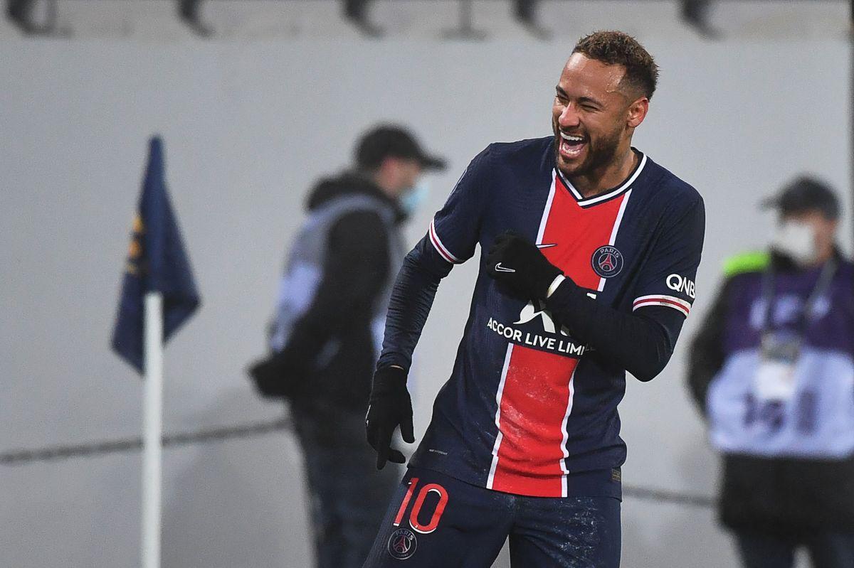Informan que Neymar planea hacer fiesta de cumpleaños clandestina