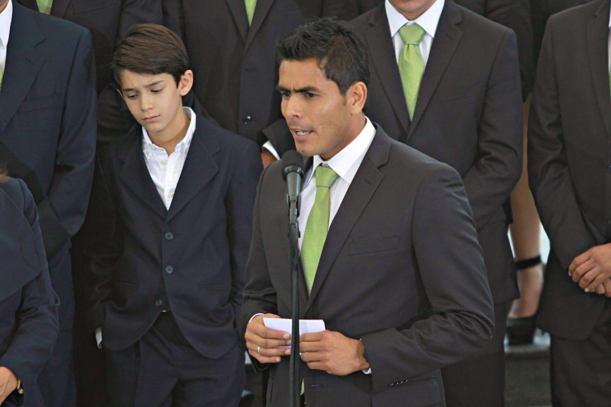Oswaldo Sánchez es tentado por la política y podría ser candidato en las próximas elecciones