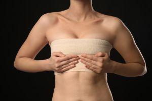 5 fajas especiales para recuperarte después de un aumento de senos