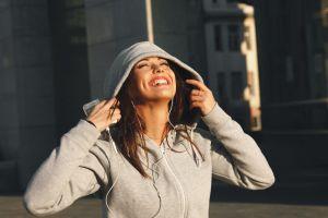 ¡A la moda! Sudaderas para mujer con capucha para estar cómoda, pero abrigada