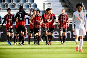 Le dedican su victoria a Tigres: El sorprendente Eintracht Frankfurt le abolló la corona al campeón del mundo