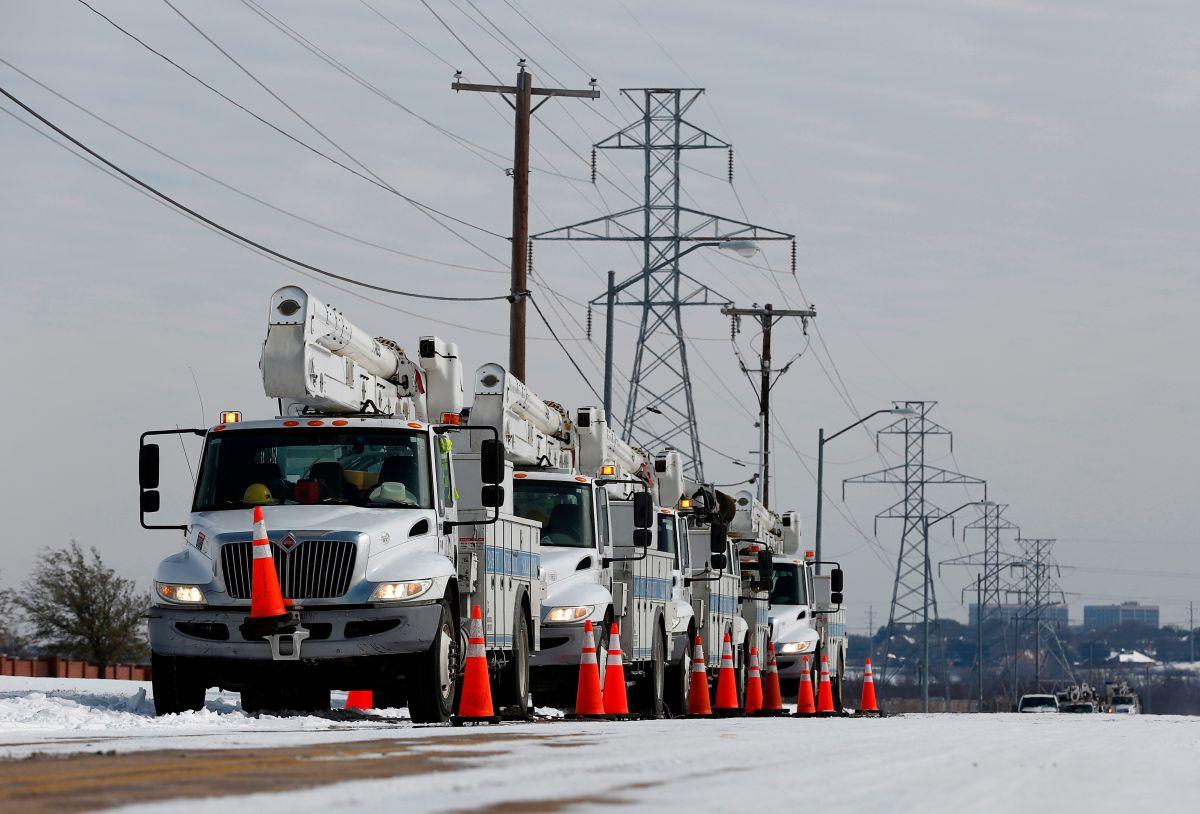 Texas anuncia que los consumidores deben pagar miles de millones de sobrefacturación por energía