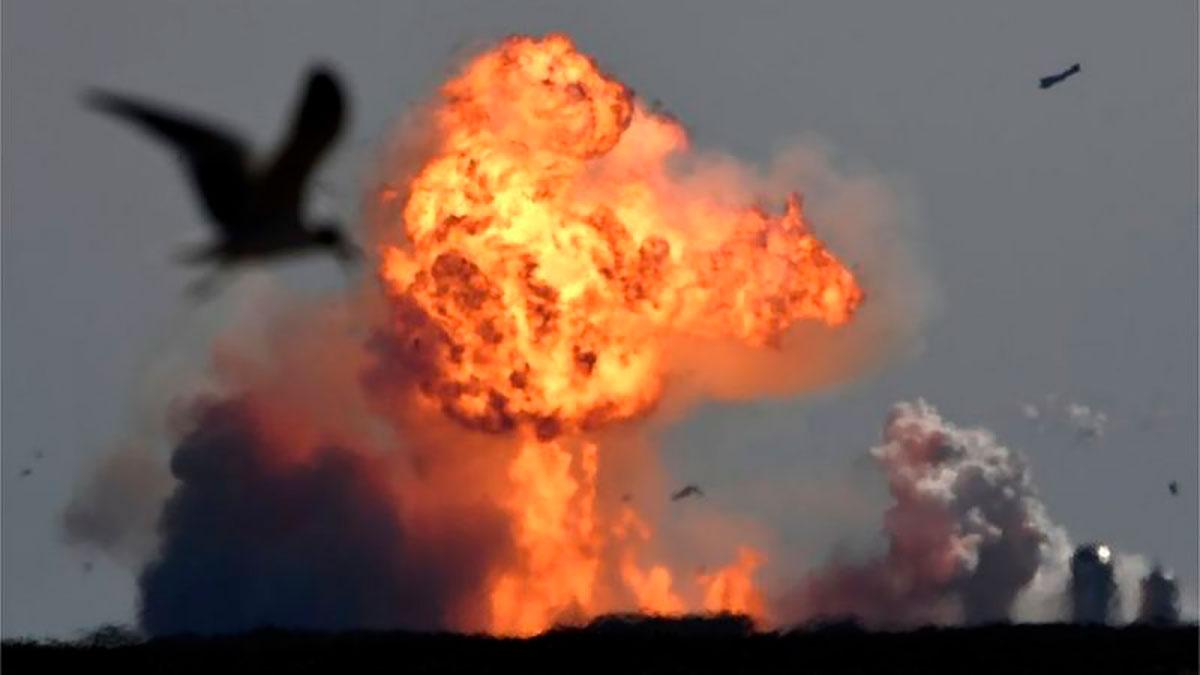 Starship de SpaceX: el prototipo de nave vuelve a explotar en su segundo intento de aterrizaje controlado