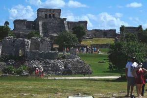 Coronavirus en México: cómo el país se convirtió en un oasis para turistas internacionales en medio de la pandemia (hasta para los que tienen que pasar cuarentenas)