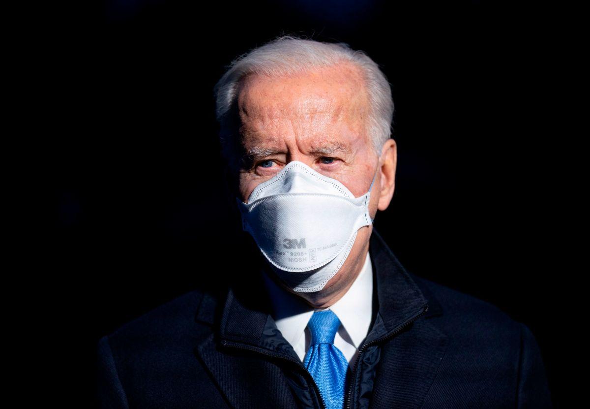 Biden pide restringir la posesión de armas de fuego en el tercer aniversario de la masacre en Parkland