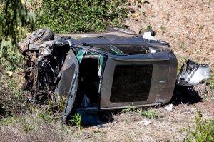 Tiger Woods evitó la muerte gracias a la cabina del vehículo, dicen las autoridades de Los Ángeles