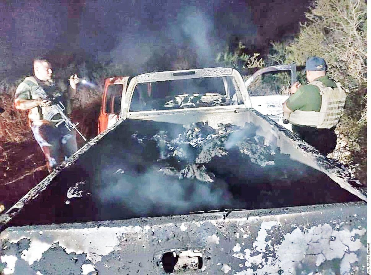 Fiscalía de México identifica a otros 9 cuerpos de los 19 que fueron calcinados en dos camionetas en Camargo Tamaulipas.