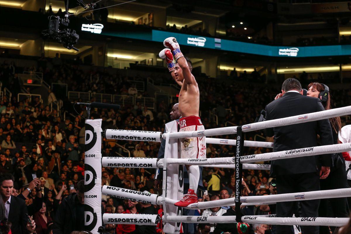 """El """"Rey"""" Martínez es campeón y figura del boxeo, pero hace años tuvo que tomar decisiones temerarias"""