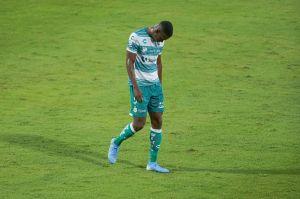 El castigo que recibirá el futbolista de San Luis que lanzó insultos racistas a Félix Torres