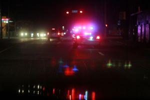 Mueren tres adolescentes que escapaban de la policía. El auto en el que huían cayó a un canal
