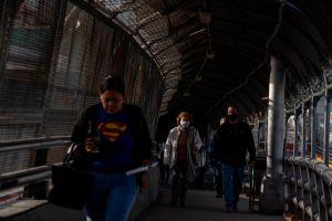 La nueva y preocupante realidad en la frontera: Más cruces de migrantes adultos y niños no acompañados