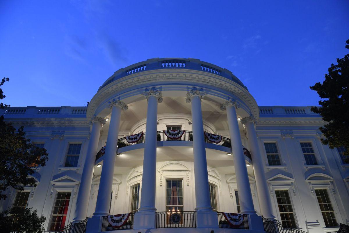 """""""Te voy a destruir"""": vocero de la Casa Blanca amenazó a una reportera por divulgar su relación amorosa con otra"""