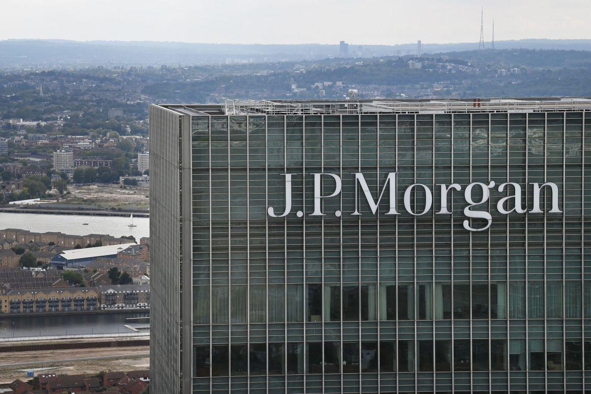 Por qué JP Morgan cierra servicio de banca privada de México