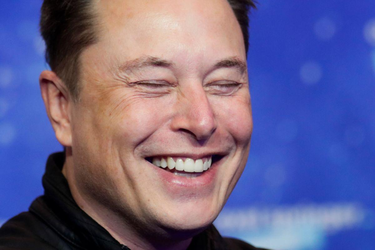 Cuáles son los malos hábitos del millonario Elon Musk