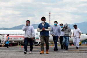 Administración Biden reducirá criterios de ICE para arrestar y deportar inmigrantes