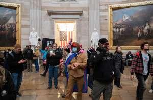 Una mujer es la primera persona sentenciada por el asalto al Capitolio