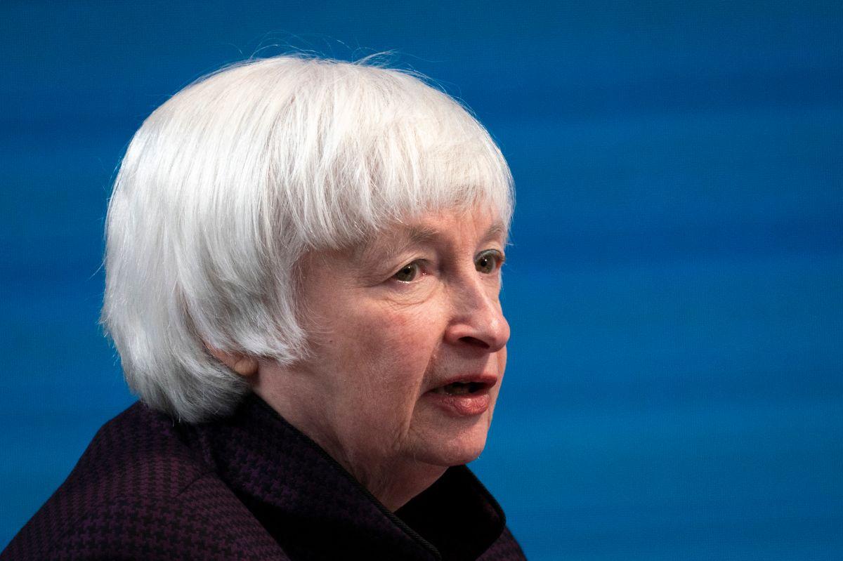 Secretaria del Tesoro cree que quienes ganen hasta $60,000 deberían cobrar cheque de estímulo de $1,400