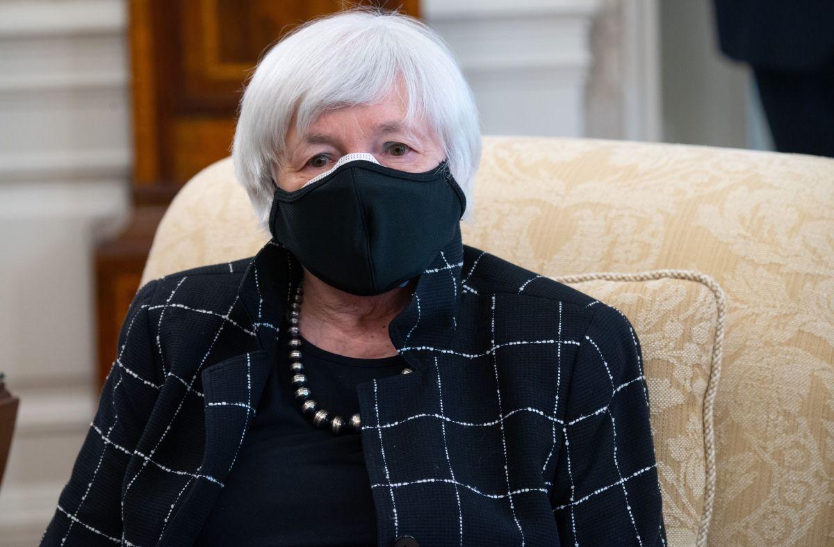 Por qué Janet Yellen cree que recortar impuestos a la clase media y subirlos a la alta ayudará a recuperar la economía