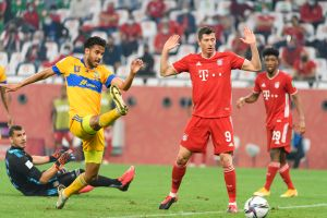 ¿Debió invalidarse por mano el gol del Bayern Múnich contra Tigres? ¿Qué dice el reglamento?