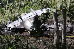 Video muestra aeronave del Ejército mexicano ardiendo tras estrellarse en Veracruz. Murieron 6 militares